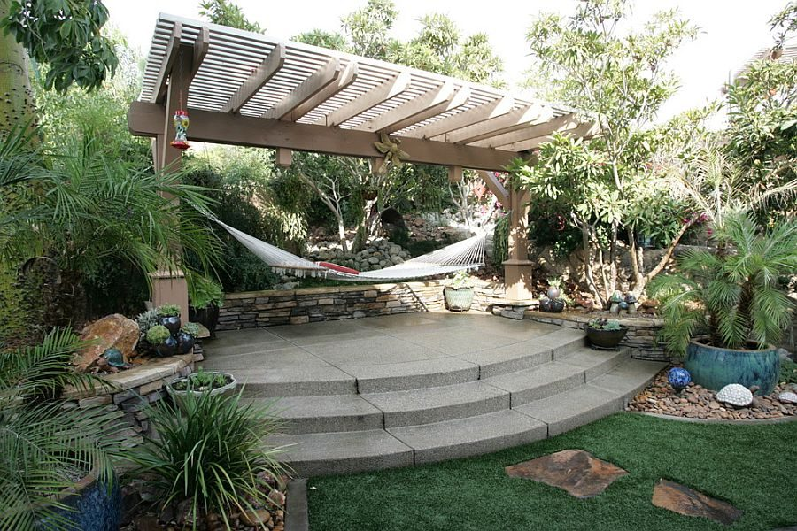 TDy-Corners-how-to-decorating-backyard-with-hammock