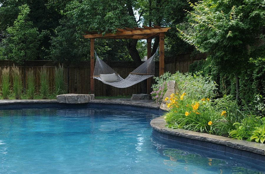 TDy-Corners-idea-of-decorating-with-hammock