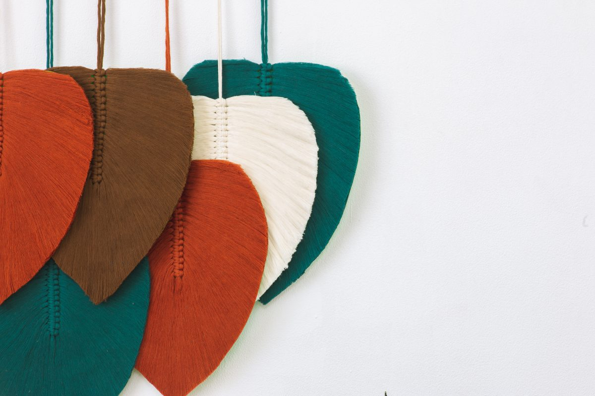 TDy-Corners-macrame-leaves-with-cotton-cords-and-felt-paper
