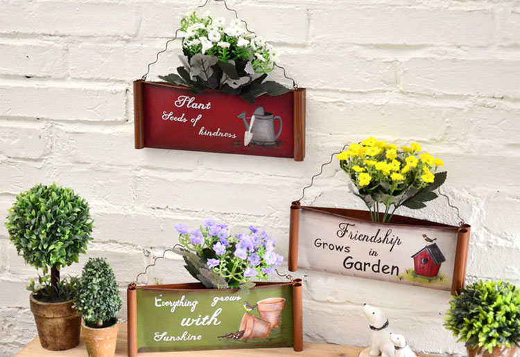 TDy-Corners-way-to-decorate-small-balcony-2