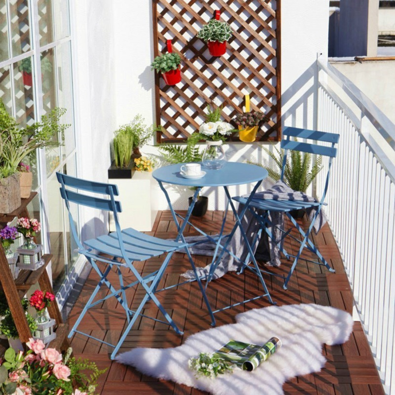 TDy-Corners-way-to-decorate-small-balcony-9